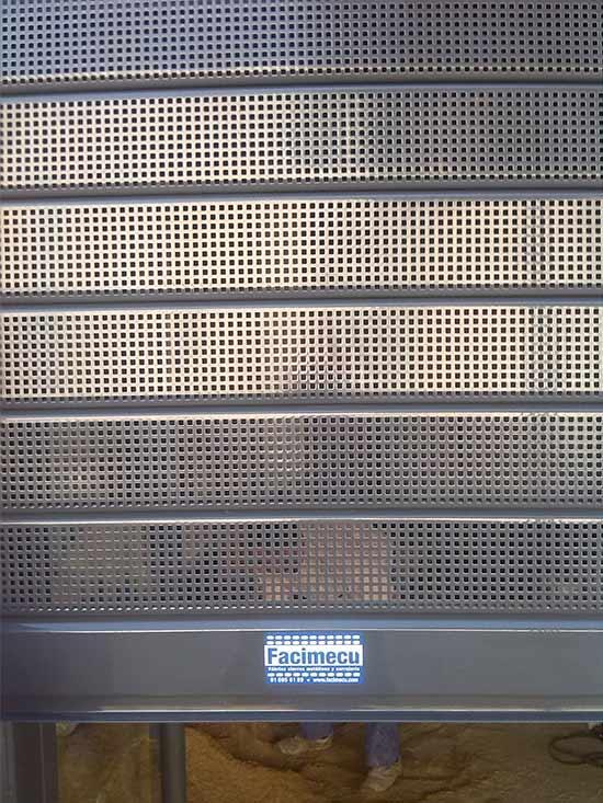 Cierre metálico Microperforado