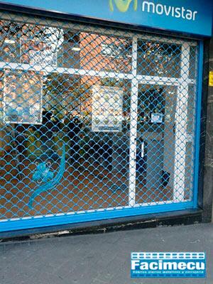 Instalación Movistar cierre enrollable modelo concha