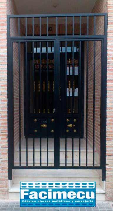 Puerta Reja Sencilla