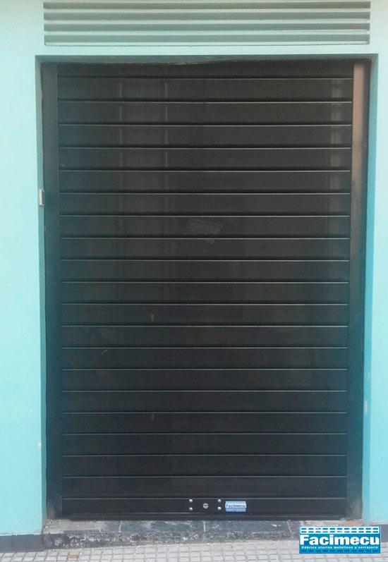 Cierres enrollables microperforados lama Facimecu FC115