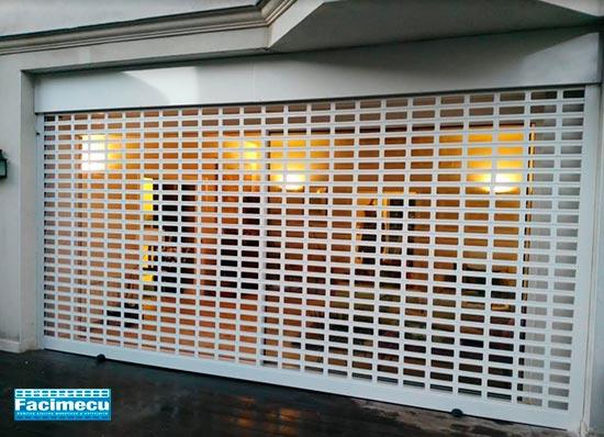 Puerta enrollable aluminio extrusiónado lama FC1P-100