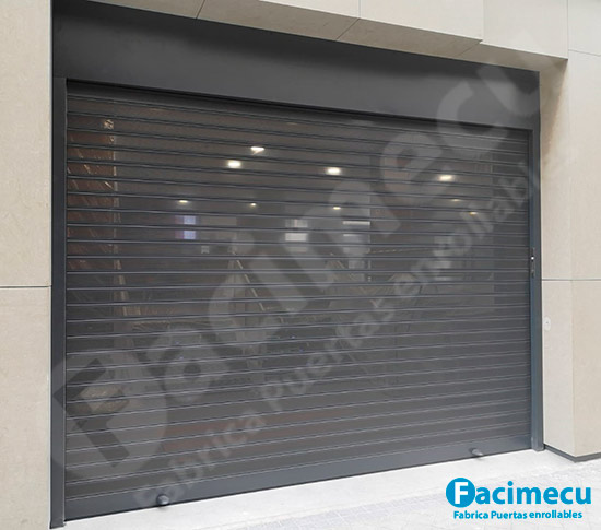 Puerta enrollable aluminio extrusionado lama FC 1P-100