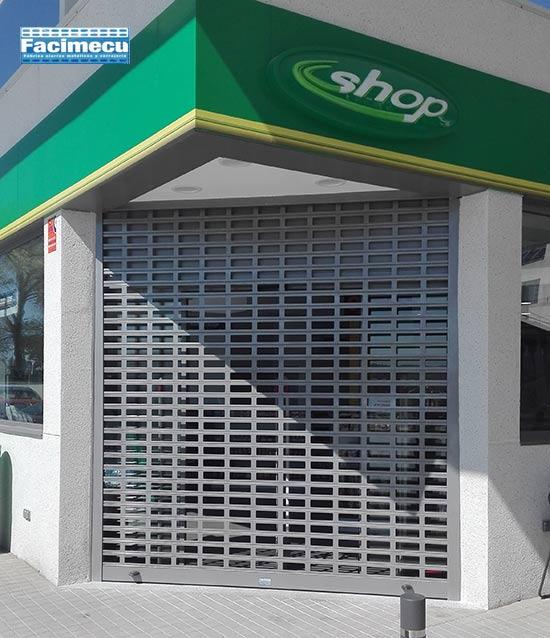 Puerta enrollable aluminio troquelada lama FC 1p-100