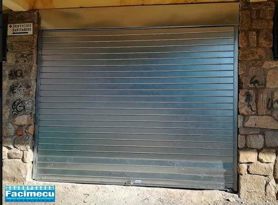 Puerta enrollable lama ciega FC115