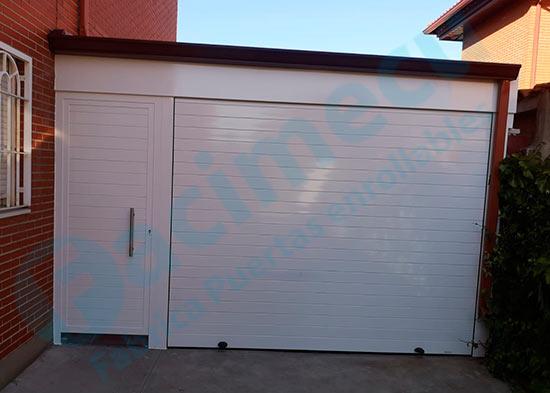 Puerta enrollable y puerta peatonal para garaje lama fc2p-100