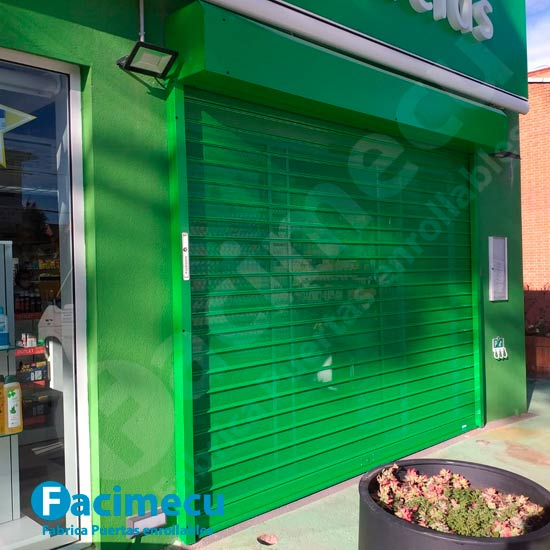 Puerta enrollable FC115 microperforada